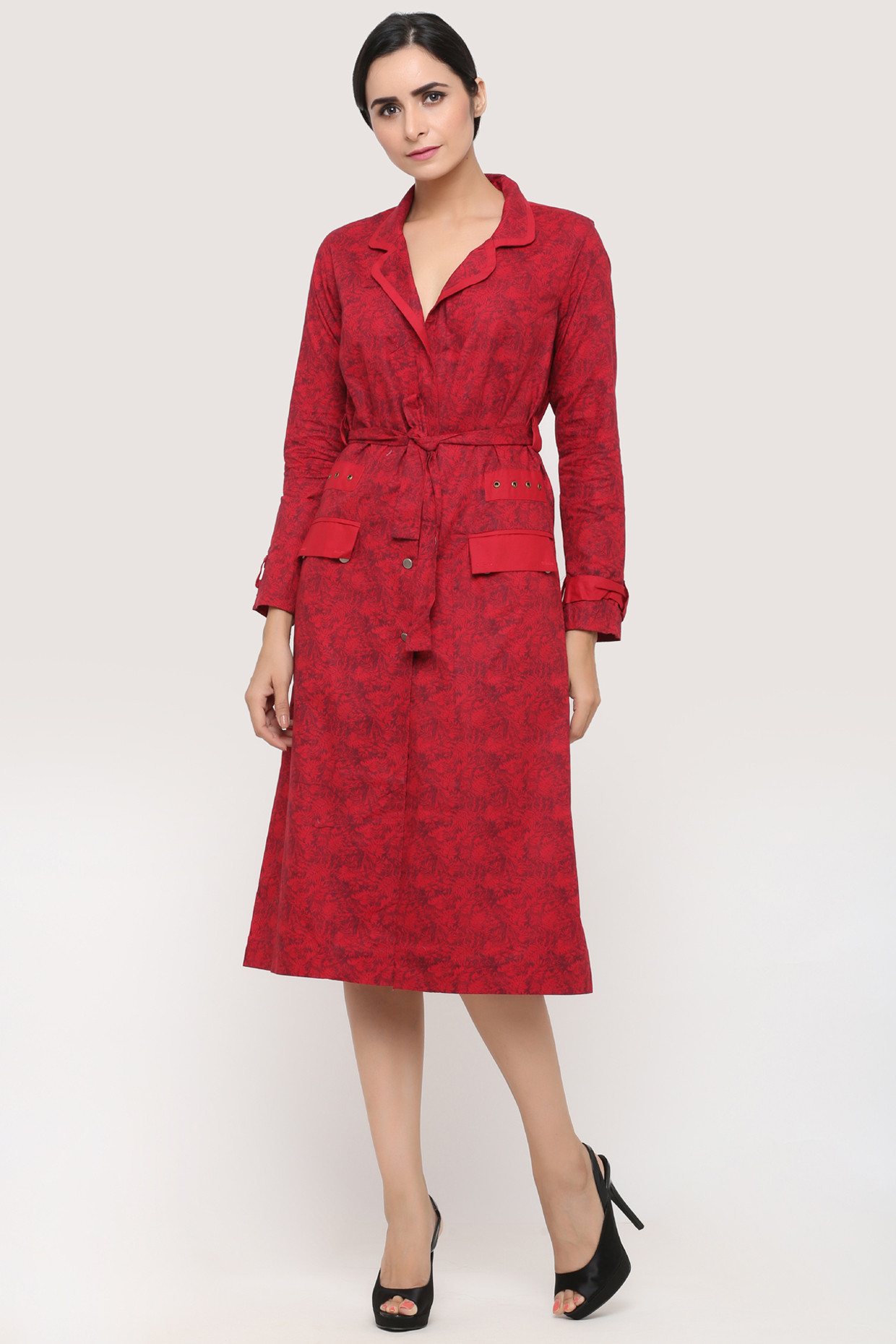 Red Printed Wrap Coat With Wide Collar by Pooja Verma