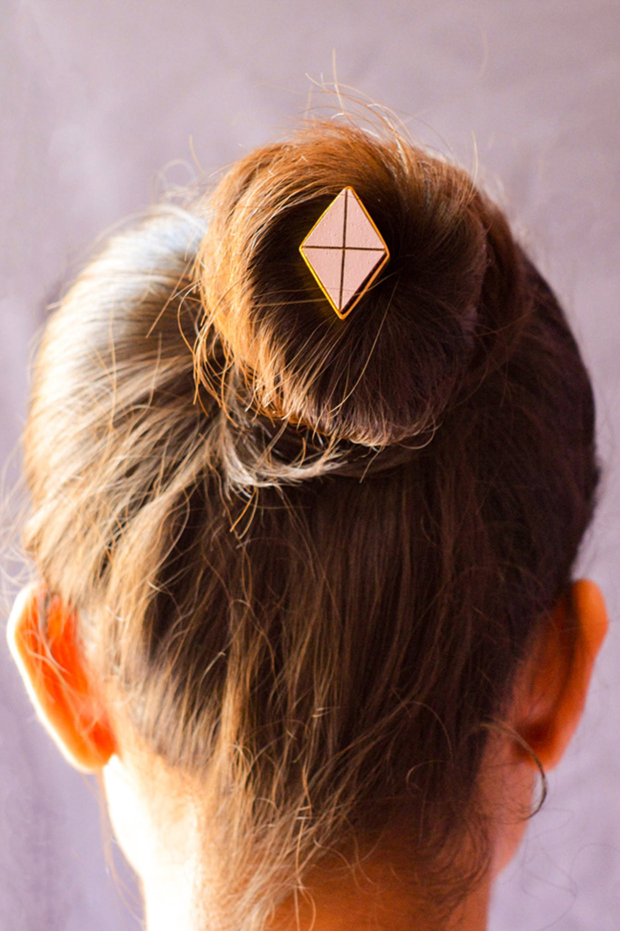 80's Minimal Bun Pin In Gold by Satat
