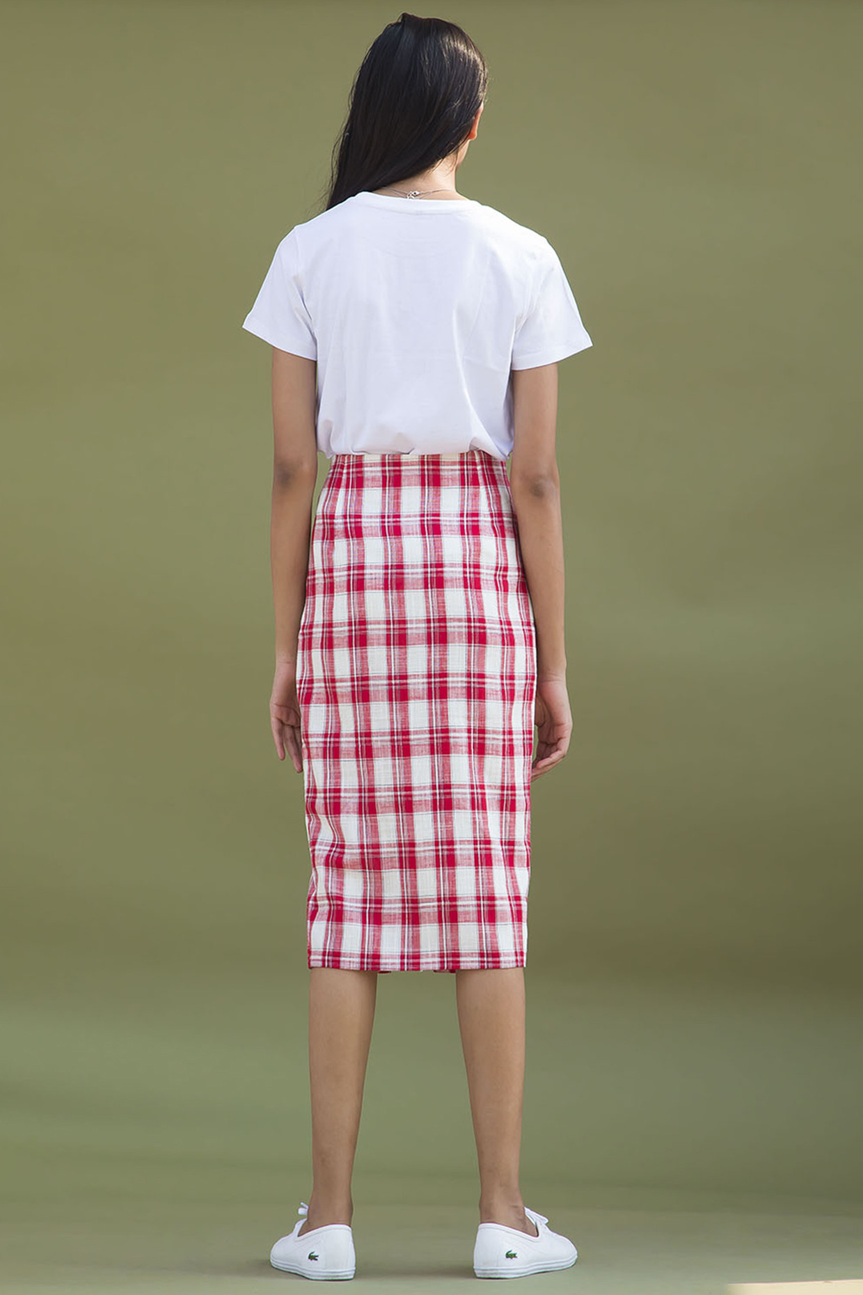 Red And White Chequered Pencil Skirt With Slit by Urban Suburban